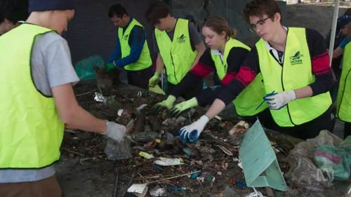 Ocean Crusaders Sorting Junk