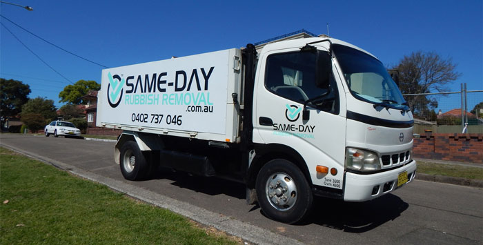Same-Day Rubbish Removal Truck